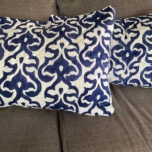 John Robshaw Textiles Set of 2 Pillow Shams - Rare